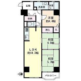 リビング横には和室もあり、使いやすい間取りです☆