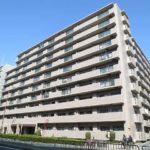 平成8年築のとても立派な外観のマンションです☆