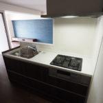 使い勝手の良い対面式キッチンです(・o・)