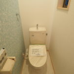 2階部分のトイレです!温水洗浄便座新調しています(*´ω`*)